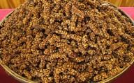10 món ăn ngon nhìn kinh di nhất Việt Nam
